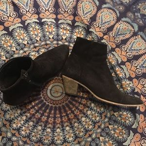 Fluevog black suede bootie size 9
